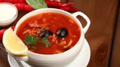 Как приготовить традиционный суп солянка
