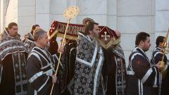 Как в православном богослужении вспоминается погребение Иисуса Христа