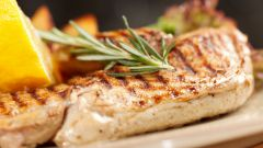 How to cook a chicken breast juicy and soft