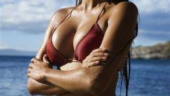 Простые упражнения для увеличения груди или пластическая операция?