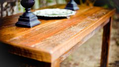 Как убрать царапины на деревянной мебели