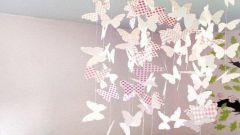 Мобиль из бумажных бабочек