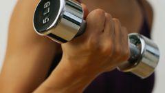 Из-за чего болят мышцы после тренировки?