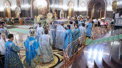 Как совершается чин Погребения Божией Матери в православных храмах