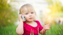Почему стоит купить ребенку смартфон?