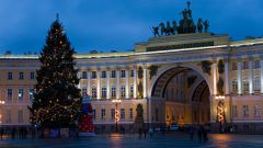 Куда поехать на новогодние праздники? Топ-5 городов в России для встречи Нового года