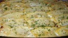 Запеканка из кабачков в сметанном соусе