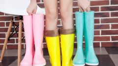 Резиновые сапоги: с чем их можно сочетать