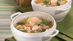 Суп с галушками и салом