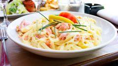 Как приготовить спагетти с лососем в сливочном соусе