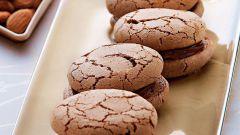 Миндальное печенье с шоколадной прослойкой