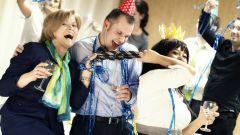 Поиск респектабельного платья для офисной вечеринки