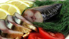 Копченая скумбрия в простом маринаде