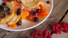 Простой и вкусный десерт из тыквы и яблок