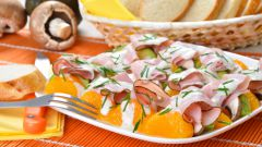 Как сделать оригинальный новогодний салат с мандаринами