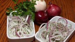 Как замариновать лук для шашлыка