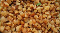 Гречневая каша с мясным фаршем и жареным луком: сытно, просто и вкусно