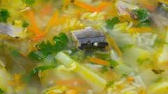 Суп из рыбных консервов - быстро и просто