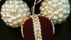 Как сделать новогодние шары своими руками: 10 оригинальных идей
