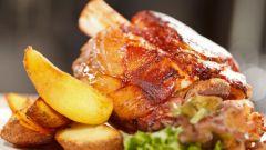 Как приготовить свиную рульку для праздничного стола