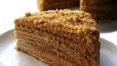 Как приготовить торт «Медовик» в мультиварке