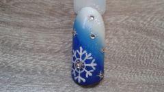 Как на ноготках нарисовать снежинку