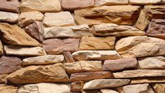 Можно ли делать монтаж искусственного камня зимой