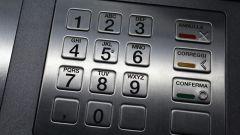 Сколько денег можно снять с карты Сбербанка в сутки через банкомат