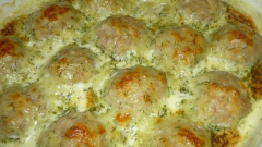 Meatballs in the casserole