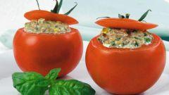 Фаршированные чечевицей помидоры под картофельным «сыром»