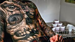 Determine the choice: whether to do a tattoo?