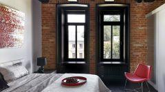 Темный потолок в дизайне квартиры