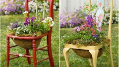 How to make a decoration for the garden from an ordinary chair