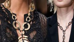 Fashionable adornment on the neck of 2016