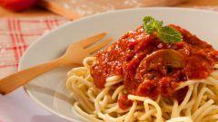 Спагетти по-болонски