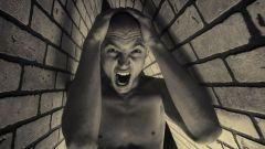 Клаустрофобия: причины возникновения и симптомы заболевания