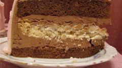 Шоколадные торт с безе