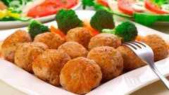 Тефтели из рыбы в томате