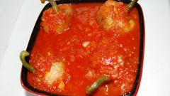 Жареный перец с томатным соусом