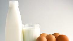 Полезное сочетание для волос: кефир и яйца