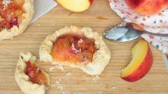 Сдобные тартинки с яблоками
