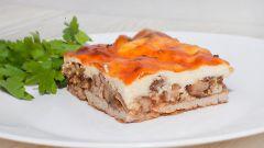 """Нежное мясо под французским соусом """"Бешамель"""""""