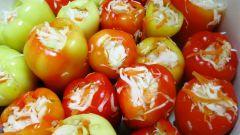 Фаршированный капустой болгарский перец