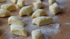 Как сделать тесто для домашних пельменей