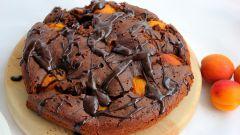 Шоколадно-абрикосовый пирог