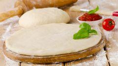 Как приготовить самое простое и тонкое тесто для пиццы