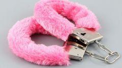 Как выбрать наручники для секса