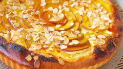 Как испечь песочный персиковый пирог