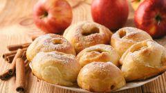 Как испечь яблочные пончики с корицей