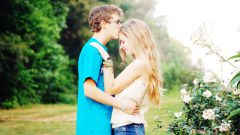 Как правильно целоваться с парнем в первый раз